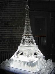 eiffel tower sculpture