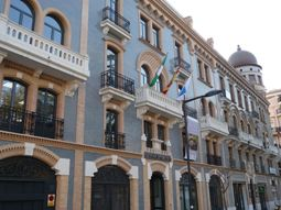 best hotels in paris france